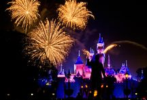 Disneyland Trip Planning / Planning a trip to Disneyland in California? Look at these ideas to help plan your itinerary & create life-long memories!