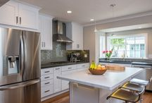 Stunning Kitchens / Thinking of remodeling the kitchen? Get some great ideas here!