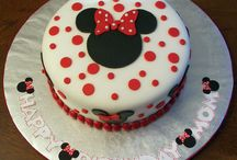 bear and minnie mouse cake
