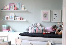 Spare room guest bed ideas / by Cocoa Jackson