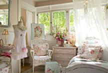 Shabby Chic & Vintage / by Virginia Parks