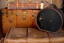 Vintage cappegliere e altre valigie