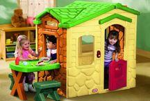 Domki ogrodowe dla dzieci / Domki ogrodowe to najwyższej jakości oryginalny produkt, który posłuży dzieciom w ogrodzie przez długie lata! Interaktywne, przestronne i ładne domki będą fantastycznym miejscem zabaw maluchów.