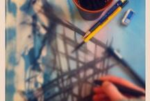 I'm making art / Tanja Vean taking selfies of her art and hand