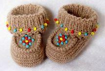hæklet og strikket baby sko og strømper