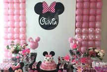 Decoração Minnie Rosa / Painel e mesa decorados