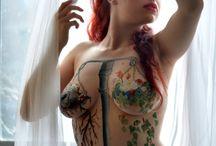 tetovàlt lànyok