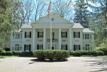 beautiful southern houses / by Madison Flynn