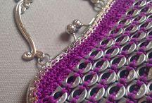 Violetti laukku hopeinen kehys
