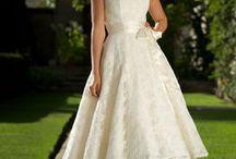 Wedding Fashion and accessories  / by Ashley Valardo