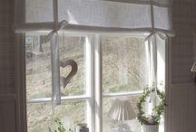 Fenster und Vorhänge
