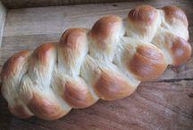 Breads + Rolls / Bread, Rolls, Buns