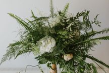 Botanical Wedding Florals / Inspiration for brides with a love of greenery and botanical elements that they want to incorporate into their flowers and arrangements on wedding day.