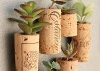 Diy recycle - hergebruik / Hoe leuk is het om je spullen te hergebruiken! Een verzameling van dingen die je zelf kan maken van oude/afgedankte spullen en materialen