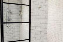 Zwarte douchedeur