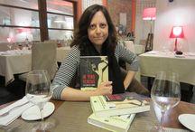 """""""IN VINO VERITAS"""", libro de Virginia Gasull / """"In vino veritas"""" es el primer libro de la escritora irunesa Virginia Gasull. Esta libro ha llegado a nuestras manos y nos ha gustado tanto que hemos hecho una acción especial en nuestras redes sociales. Sorteo de tres ejemplares de estre trepidante thriller en el que el vino es el gran protagonista"""