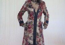 Cappotti Donna Autunno Inverno / Tante idee per il tuo autunno-inverno: cappotti in fantasia floreale oppure in tinta unita.