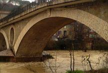 Tevere river in flood / Fiume Tevere in piena