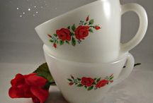 Everythings Coming Up Roses! / Lovely vintage items with rose motif