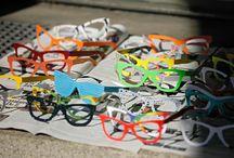 Orygami Glasses / Anteojos de Papel para repartir como cotillón o souvenirs en fiestas de casamiento, quince y eventos empresariales.
