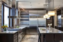 DESIGN :: Kitchen and Dining Room / by Gina Fiorito