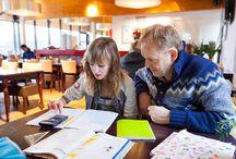 Dialoog school en ouders / Tips en tricks voor leraren over communiceren met ouders.  / by Klasse