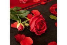 Déco florale, fleurs, wedding flowers / Déco florale, fleurs artificielles, wedding flowers, bridal, pétales de fleurs mariage, fêtes, fleurs artificielles, fleurs en tissu, idée composition fleurs, bouquet de mariée, pétales de fleurs avec feuilles, orchidée en pot, bouquet de fleurs, petites fleurs à dragées, pétales de rose en tissu, rose en tissu, arum, orchidée sur tige, lavande artificielle, fleurs de pommier, couronne de baies, baies rouges, rose pailletée, pivoine, idées de fleurs, déco de table, déco festive, déco de salle.