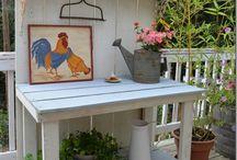 Gardening - Potting Benches