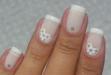 fehér  virágos
