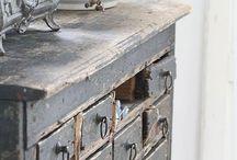 Rustic Furniture / Rustic Realm