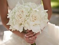 WeddingFlowers. / by Paige Kaehler