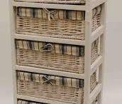 Dekorace pro domov / Poličky, věšáčky, bedýnky, svícny, rámečky, stolečky, židličky, stoličky,...