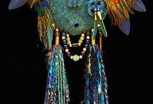 Masques d'après des traditions