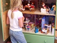 Doll houses / by Tessa Keith