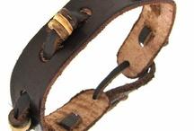 Armbanden van leer
