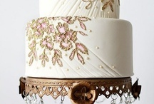 Bridal Cake / by Luiza Cattucci Chinellato