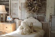 Dream Bedrooms / by Adriana Fierro