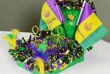 Shoe Box Parade Floats / In honor of Mardi Gras- children across Louisiana (and beyond) create miniature parade floats out of shoe boxes or even bigger ones out of wagons. Here is our collection of ideas to inspire your own parade float. / by Mardi Gras Outlet
