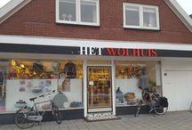 Het Wolhuis / Alles wat zich in de winkel afspeelt!