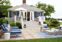 Beach Bungalow / by Brooke Soppe
