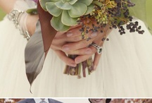 HH WEDDING FLOWERS / by Holly Hoffman