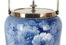 Porcelain vintage bescuit jar, Vase Period: Qing dynastie, Moorkroft