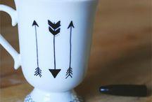 DIY coffee mugs / by Cora Ogden