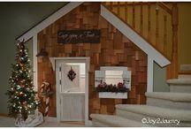 Indoor Playhouses & Stages / by Leanne Inskeep
