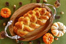 Chanson d'automne / All autumn. Decor and specialty recipes / by Andrea Thomas