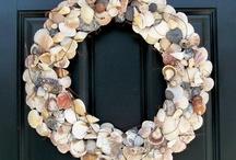 Shell Wreaths Galore! / Shells make a beautiful wreath