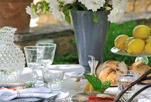 Table dans le jardin - Outdoor table