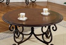 Traditional Decor Tables / Anything buttering, traditional style takes cues from old-world elegance and modern functionality. Best of all, classics never go out of style.