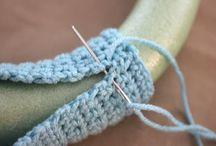 crocheted snowtall wreath