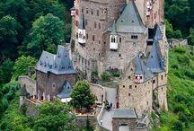 Castillos y fortalezas / Del genio constructor